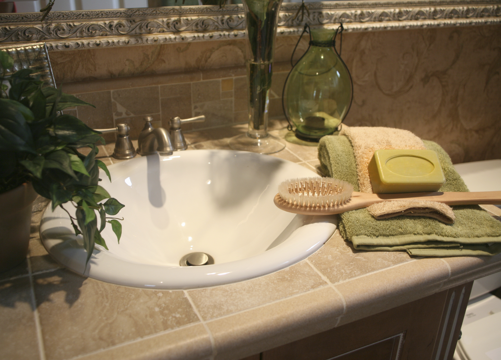 Bathroom Makeover Ideas: Budget, Layout, Color