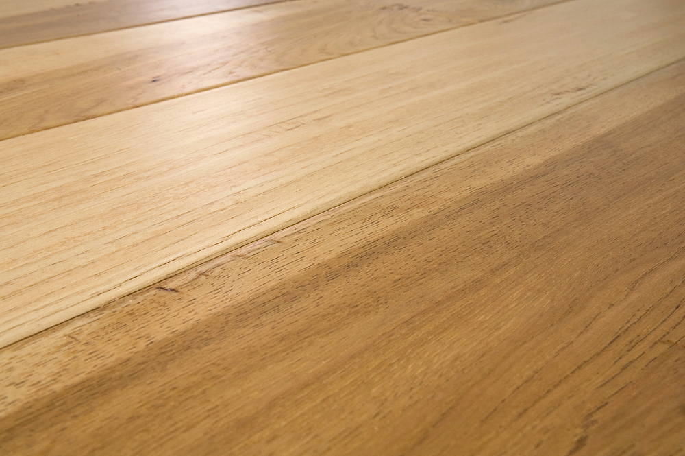 Top 28 light hickory flooring vintage pioneered for Hickory hardwood flooring