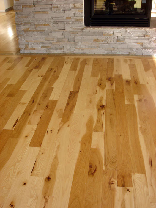 Hardwood flooring product profile what is hickory for Hardwood floors hickory