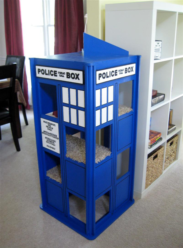 Tardis for cats Doctor Who Inspired Home Decor