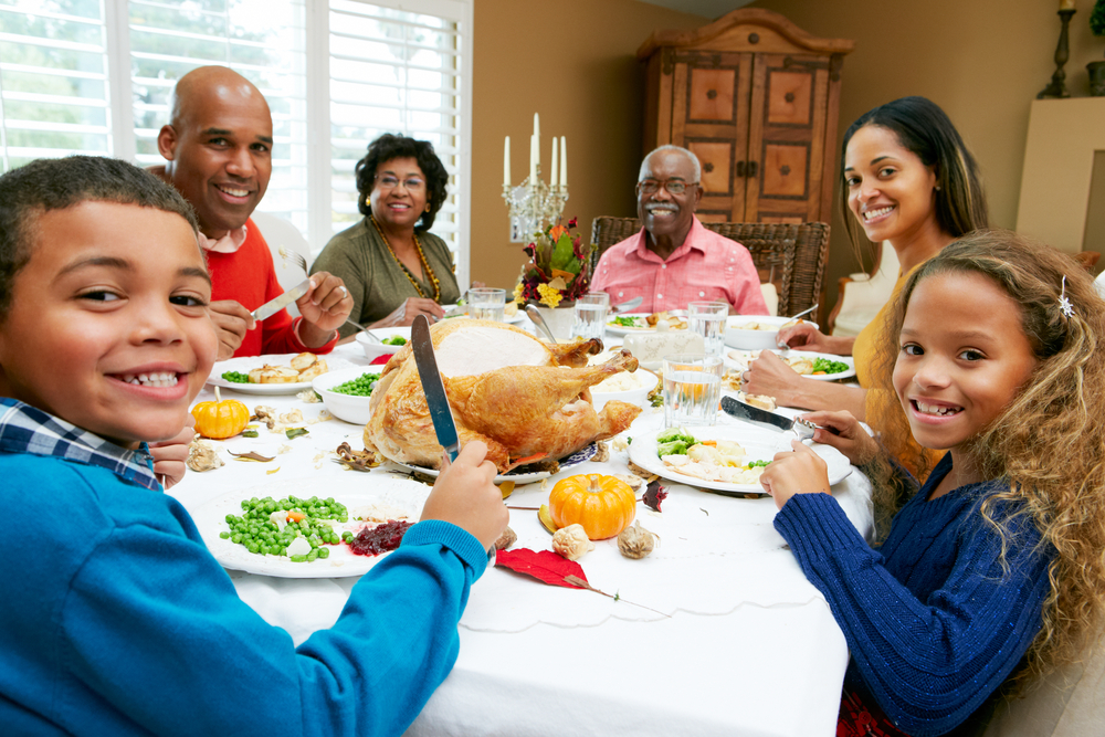Talking turkey how to host a great thanksgiving dinner for What do people eat on thanksgiving