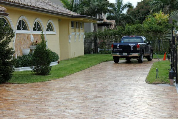 travertine pavers for driveway