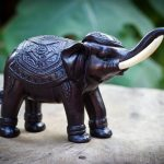 elephant figurine souvenir decor