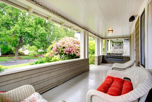How to create a bug free porch porch wicker furniture swing solutioingenieria Image collections