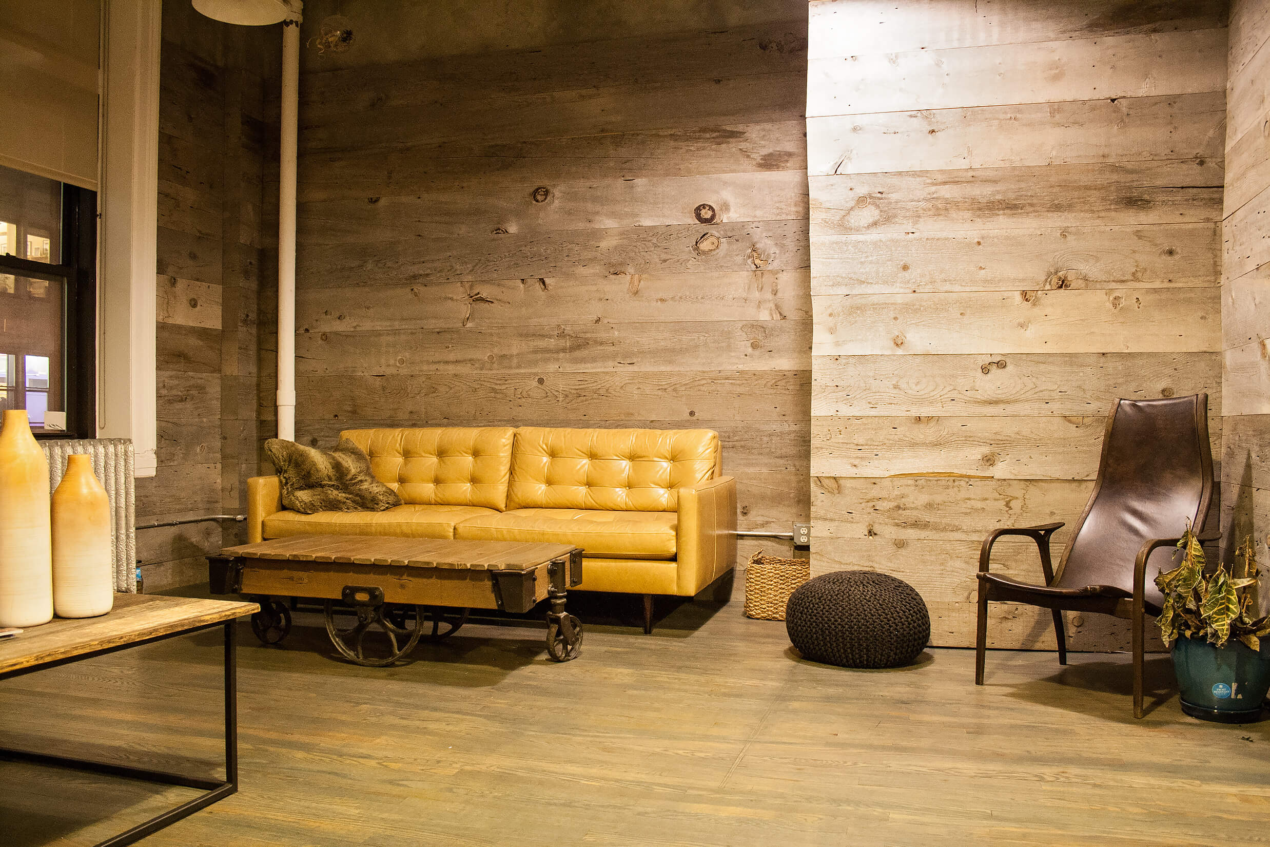 Reclaimed Barn Wood Paneling For Walls On A Budget