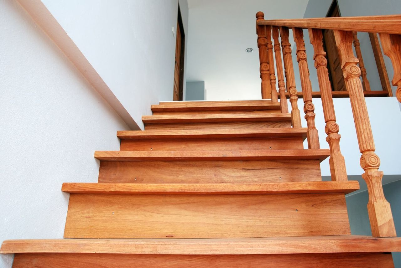 How To Choose A Style Of Stair Tread Nosing Builddirect Blog