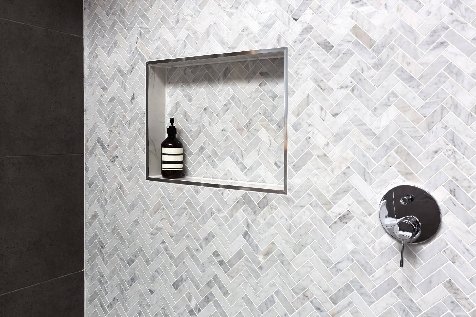 Herringbone Tile A Hot Trend For Homes Builddirectbuilddirect Blog Life At Home
