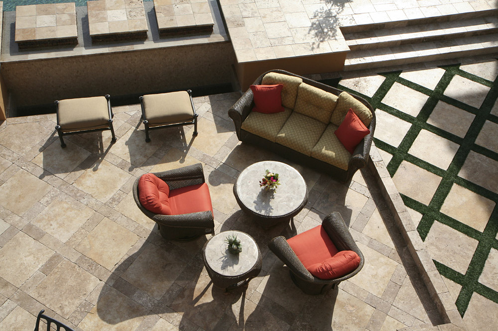 Travertine Patio - Tile and Pavers