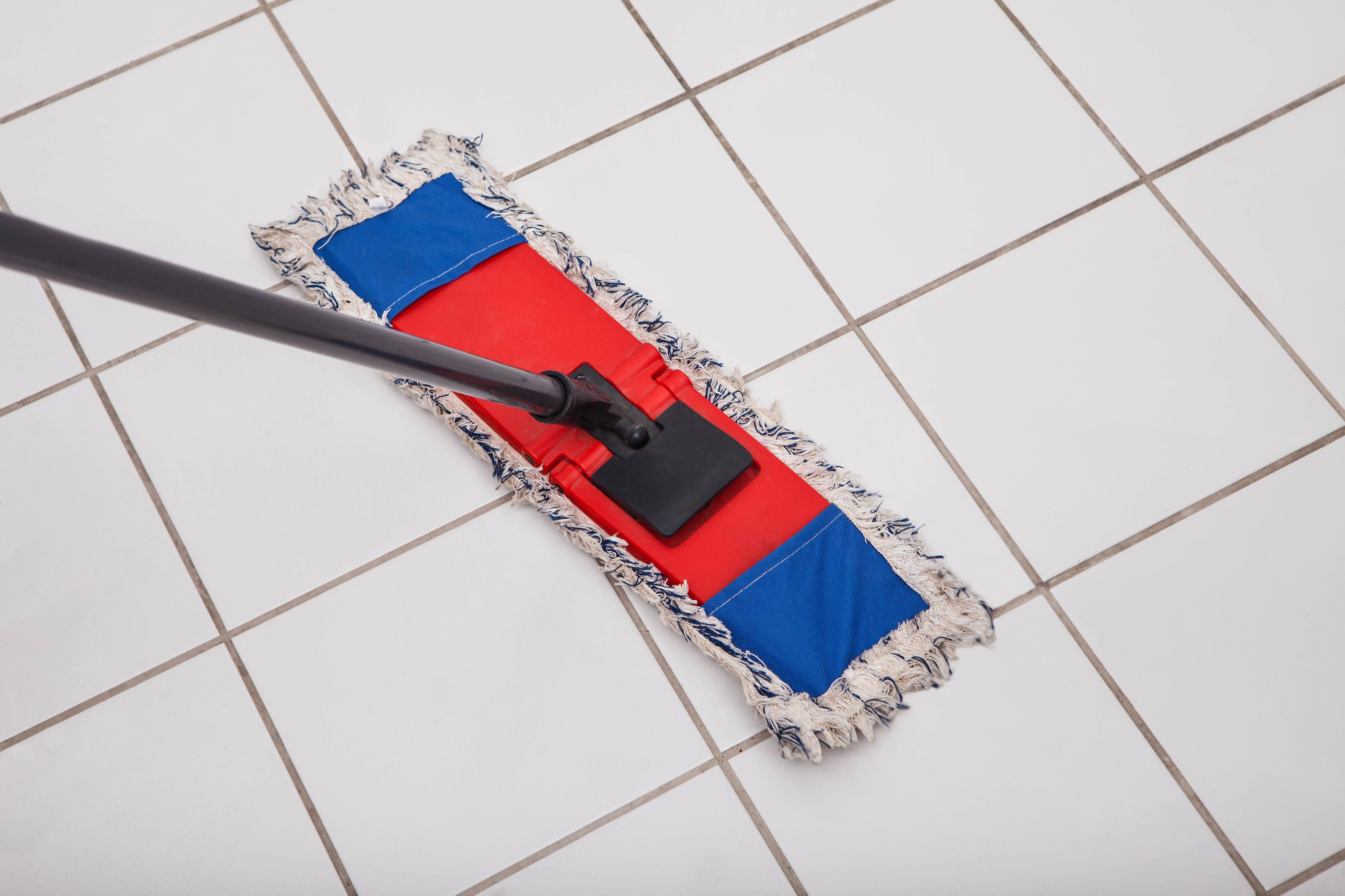 How To Remove Common Stains From Porcelain Tile - Best bathroom cleaner for hard water