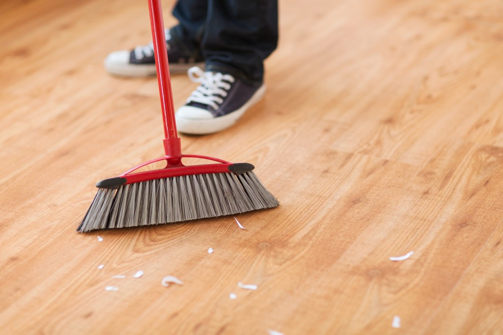 Broom to Clean Hardwood Floors