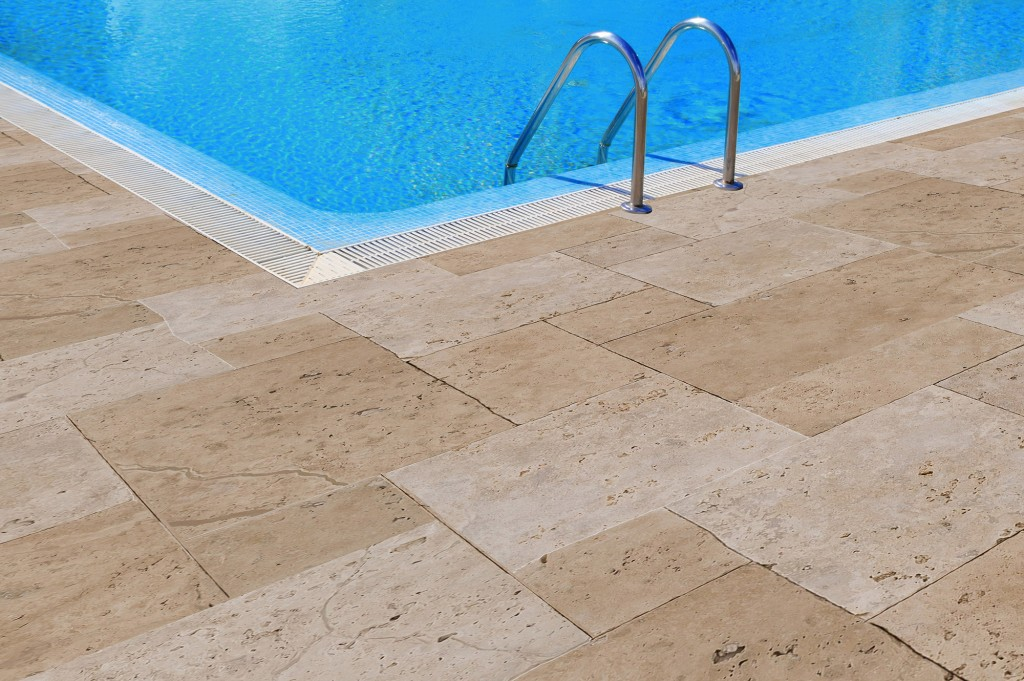 10100242-Troya-Travertine-Pavers-Room