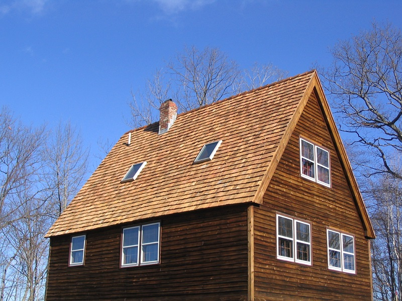 Red Cedar Roofing Country Home
