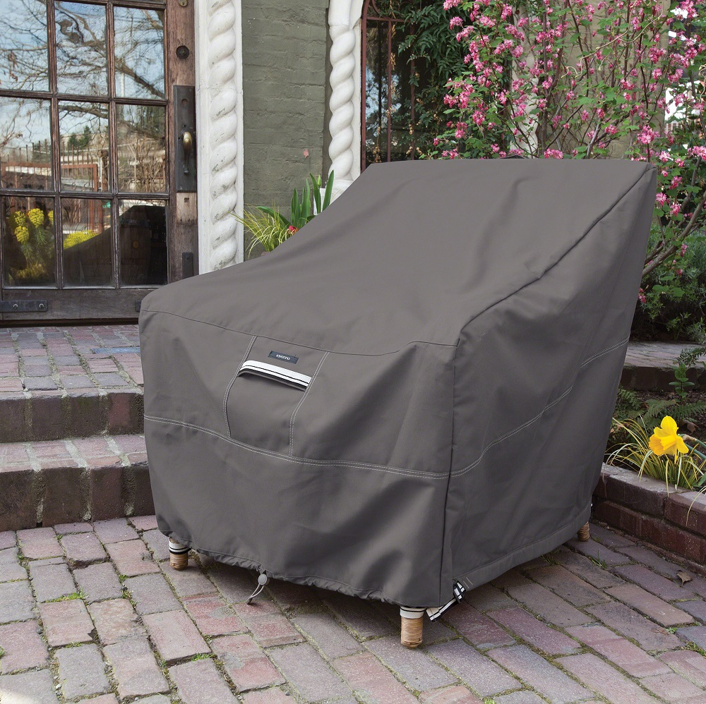 How to protect your outdoor furniture when it s not in use for Outdoor furniture covers