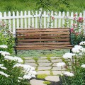 vinyl-white-picket-fence