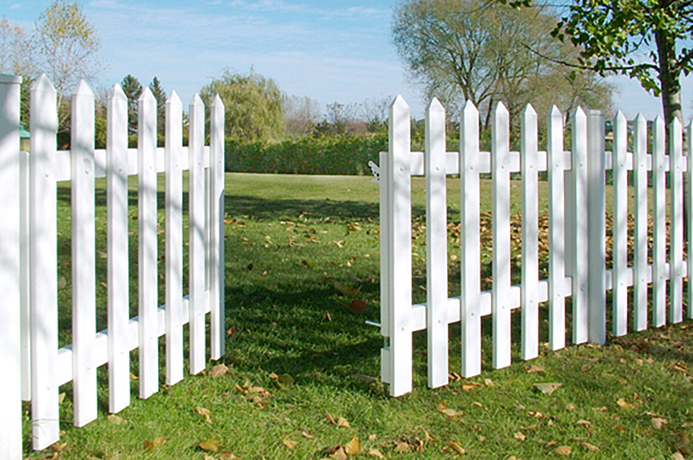 cape-cod-white-picket-vinyl-fence