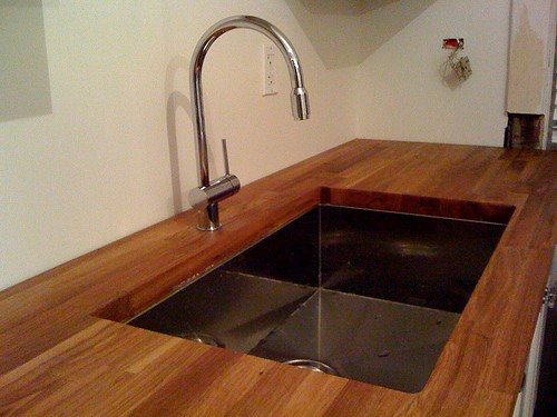 Eco-Friendly Kitchen Sinks and Faucets. Sink