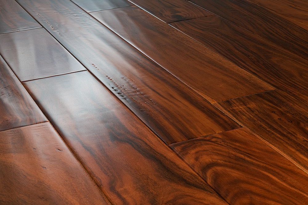 The most modern thin engineered floorboards feature an advanced tongue ...