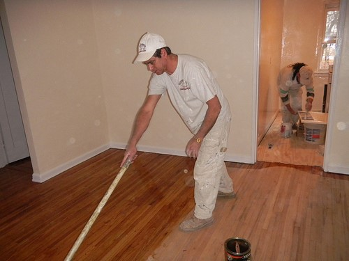 How to stain floors