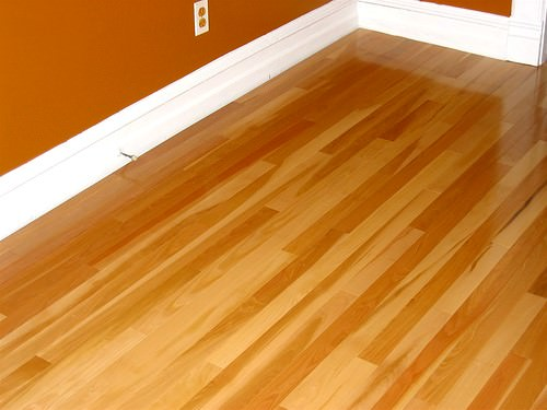 How to install radiant heating under hardwood floors Radiant floors