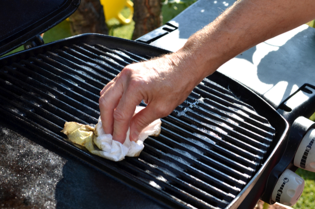 cleaning grill after use