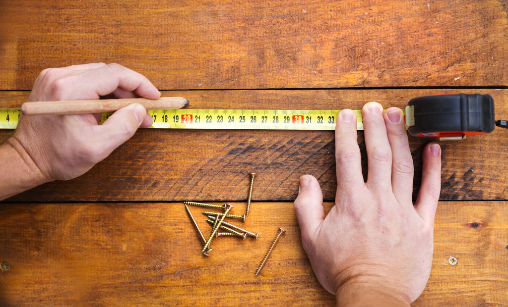 measuring floor
