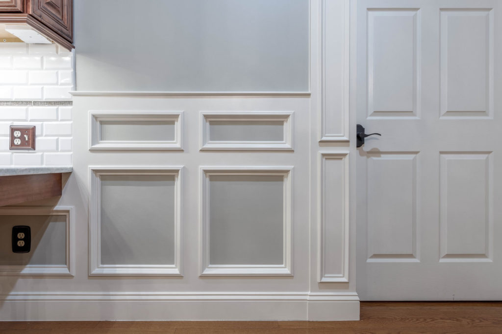 flat panel wainscoting