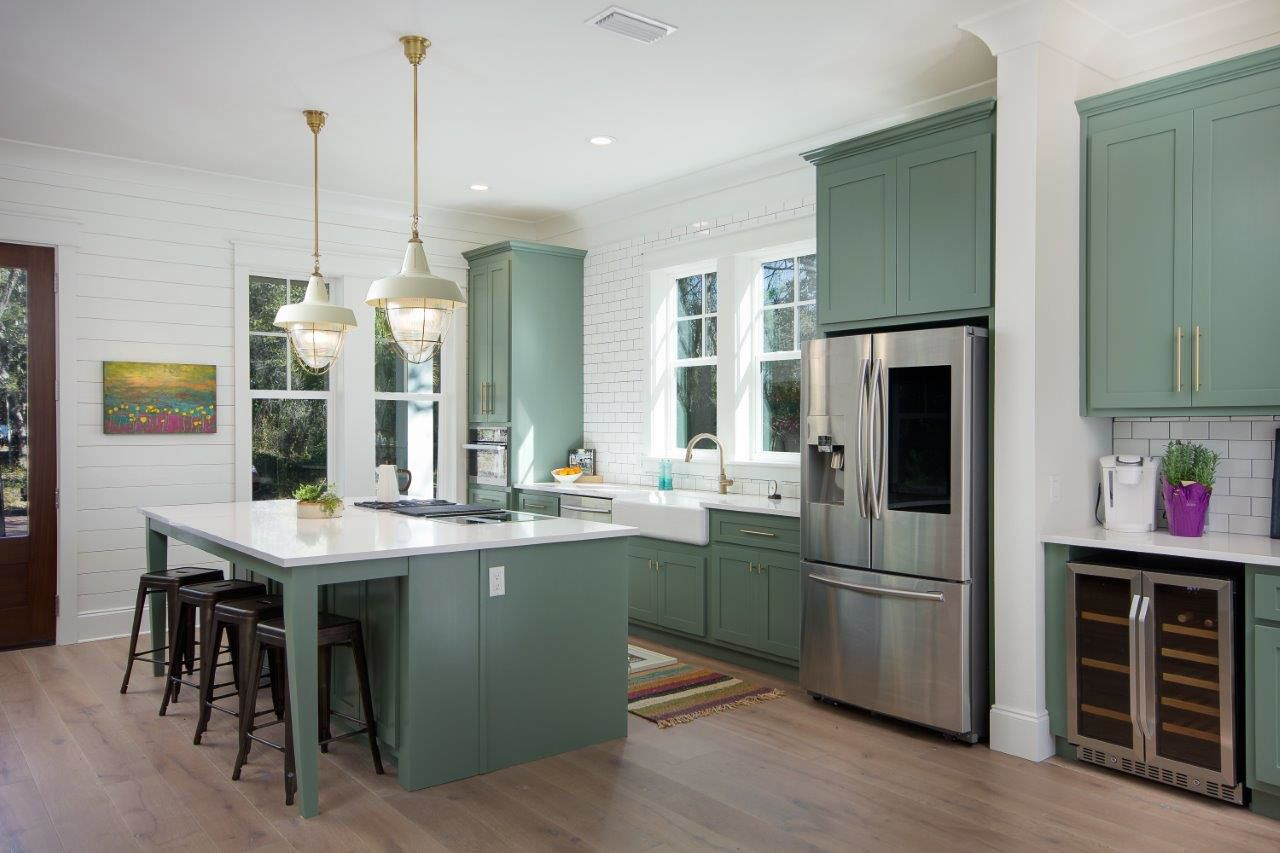 Install Floors Or Cabinets First? Kitchen Reno Tips | BuildDirect® Learning CenterLearning Center